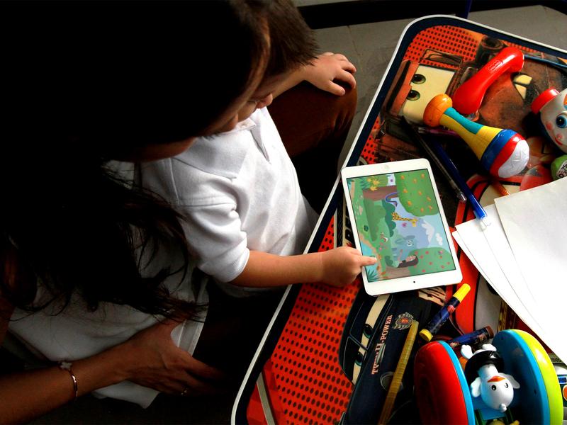 """Мобильное приложение """"Библия для детей"""" позволит вам увлекать ваших детей Божьим Словом с самых малых лет."""