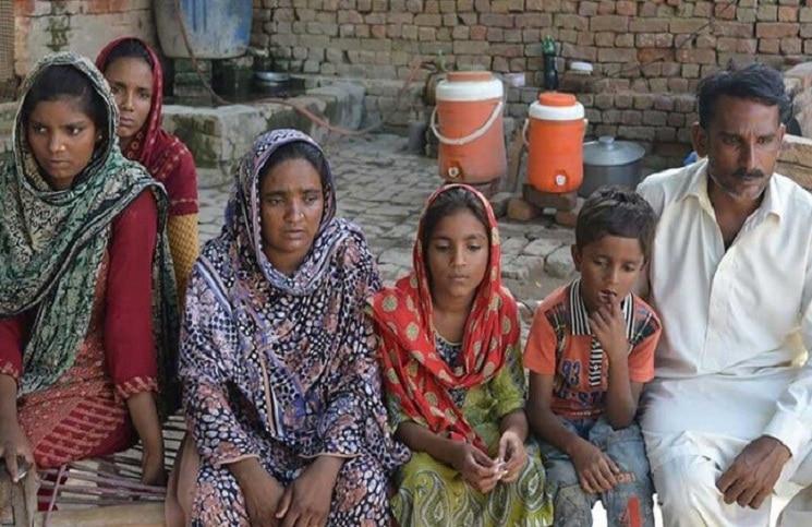 Пакистан: семья христиан ищет ответы после того, как их сын был убит в школе